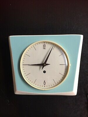 1950s kitchen Clock. Vintage. 8 Day Mechanical Movement. Porcelain Case