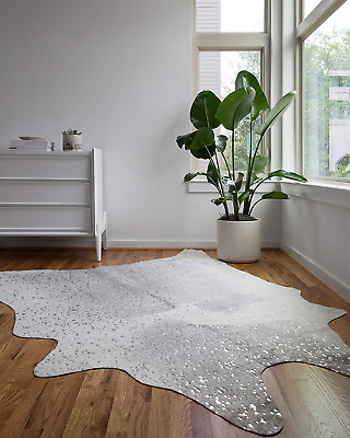 """Loloi II Bryce Collection Faux Cowhide Area Rug, 6'2"""" x 8', Grey/Silver"""