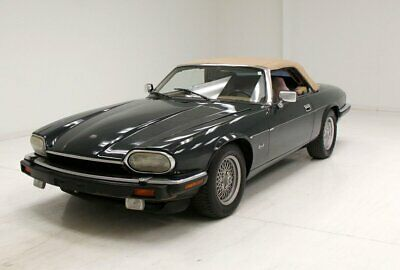 1993 Jaguar XJS Convertible  Brookland Green/Convertible/Barley Colored Leather/4.0 Liter Inline-6