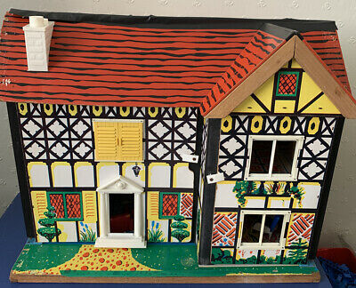 Traditional Style Dolls House With Furniture - project?