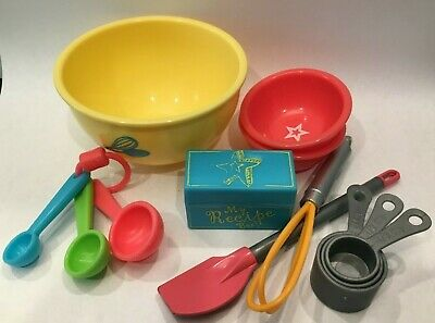 American Girl Doll Gourmet Kitchen Mixing Bowls Whisk Spatula Measuring Spoons