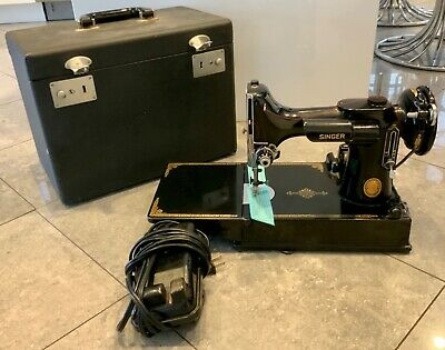 Antique 1950'S Singer Sewing Machine Featherweight With Case Ser # Ak986824
