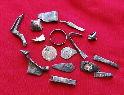 ROMAN SILVER - Lot with silver Ancient Roman artifact parts ; brooches , rings