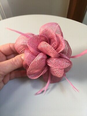 Dusky Pink  Fascinator Hair Clip Ladies Day Races Party Wedding