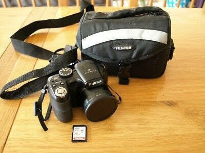 Fujifilm FinePix S Series S1800 12.2MP Digital Camera - Bag, 16GB SD Card