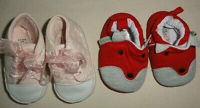 2 Pairs Baby Girls 0-3 Months Pink Soft Shoes By George And Red Fleece Slippers