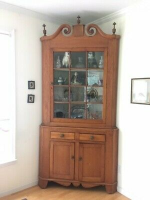 Antique c1800 Chippendale Pennsylvania Cherry Corner Cabinet Cupboard Display