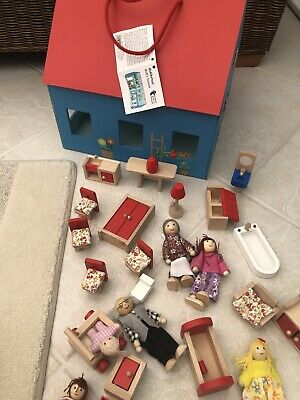 Wooden Portable Dolls House Family And Furniture