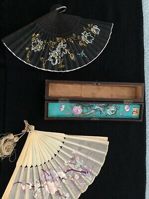 Antique Oriental Fan, carved rib (s) with original signed inlaid box