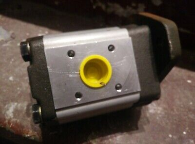 Commercial Intertech P11A193 BEEK27-92 27cc hydraulic gear pump