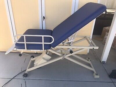 Oakworks Hi-Lo Medical Patient Exam/Procedure Table With Electric Foot Control