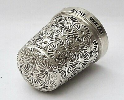 HENRY GRIFFITHS & SONS - 1912 Sterling Silver Thimble  - Birmingham - Size 17.