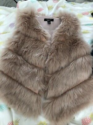 New Look Girls Fluffy Jacket Age 10-11