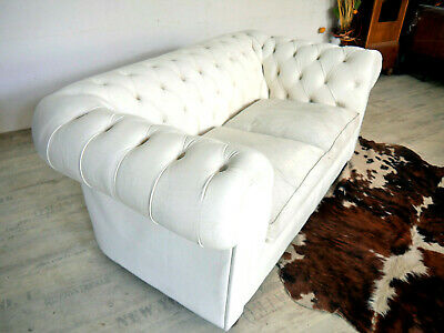 Chesterfield zweier Sofa in Weiß