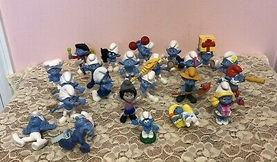 Lot Of 23 Peyo 2011 McDonalds Smurf PVC Figures Smurfette Vexy Papa Cake Toppers