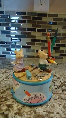Enesco Music Box With Office Mice Plays Nine To Five