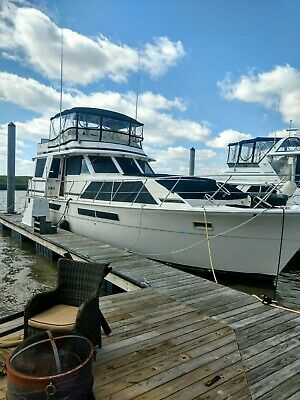 50 ft boat twin diesel 1985 Chris craft constellation sell or trade