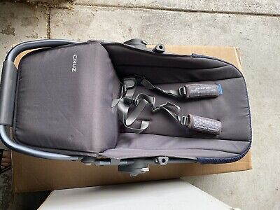 Uppababy cruz Seat  Fabric  / Taylor Navy Blue
