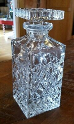 Clear Glass Diamond Cut Whiskey Decanter With Stopper Square