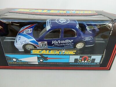 Scalextric C746 Ford Mondeo Valvoline No 33 - Mint Boxed