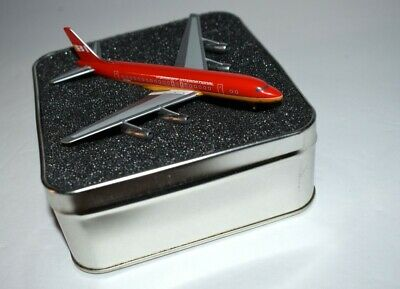 Gemini Jets Limited Edition BI Braniff International Boeing 1:500. Box no lid