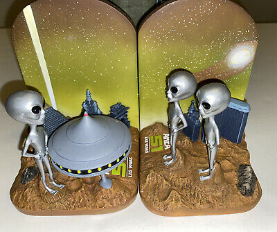 Area 51 Las Vegas Book Ends. Space Aliens UFO Space Ships. Very Rare Inperfect!