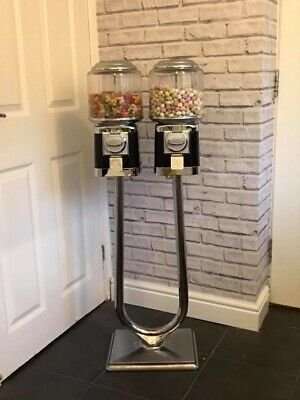 2 X Beaver Rb16 Sweet Dispensing Vending Machines 20P And Stand