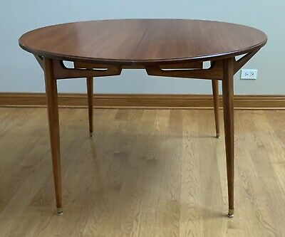 Mid Century Danish Modern Dining Table 44 Round Oval Extension leafs