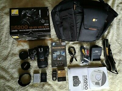 D5200 Nikon Camera DSLR with 18-55mm lens with extras in excellent condition
