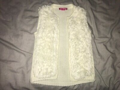 Girls Clothes cream fluffy gillet/bodywarmer age 2-3 years