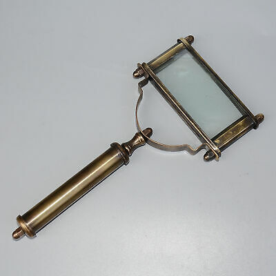 China Collectable Old Copper Handwork Carve Royal Noble Magnifying Glass Statue