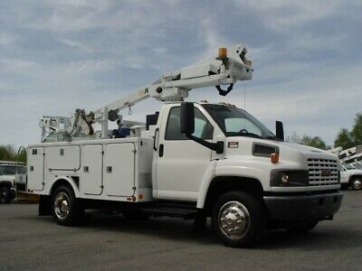 05 GMC C-5500 BUCKET TRUCK 41ft.ARTICULAING CABLE PLACER FULLY REFURBISHED 8.1V8