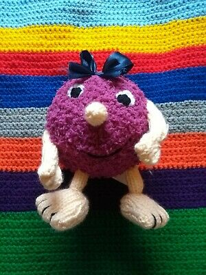 hand knitted flump