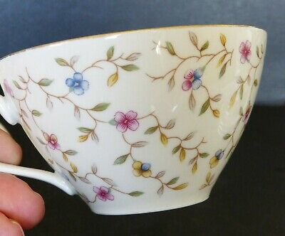19 Piece Vintage Winterling China Tea Set - Chintz Ditsy Floral Pattern 1950's