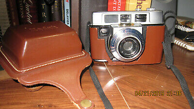 Vintage outstanding Kodak  Automatic 35 camera and case