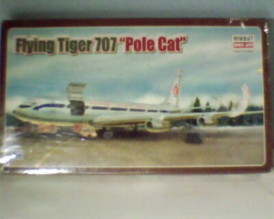 1/144 MINICRAFT  Boeing 707 FLYING TIGERS 'POLE CAT' (w/sealed parts)