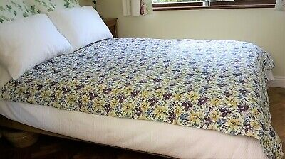 """Vintage Quilt Style Bed Cover Wholecloth Purple Yellow Blue Floral 64"""" x 71"""""""