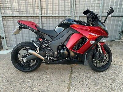 Z1000SX ABS Candy Red, 3145 miles 1 owner, 2015 Titanium Akrapovic