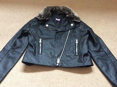 Girls leatherlook jacket age 7-8 years, lovely, very good condition
