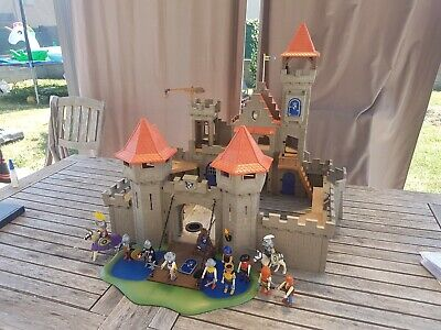 Grand Chateau Royal Lion Playmobil 6268 + Chevaliers Castle Knights