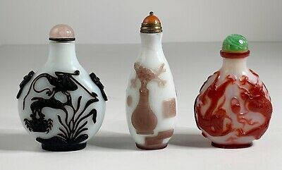 Lot of 3, Chinese overlay glass snuff bottles