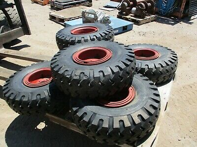 PAIR MONO-MATIC 7.50-10 Solid Pneumatic Tire