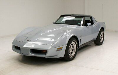 "1982 Chevrolet Corvette Coupe Nice Silver Blue Exterior/""T"" Tops/Original 350ci V8/Well Cared For"