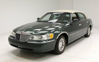 1999 Lincoln Town Car Signature Series Rare Charcoal Green/Beautiful Interior/Airbag Suspension/4.6L Fuel Injected V8
