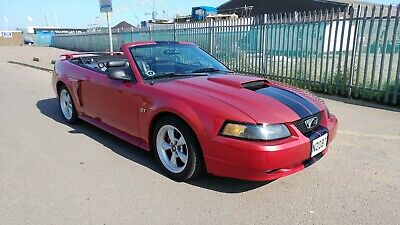 Ford Mustang Convertible GT V8