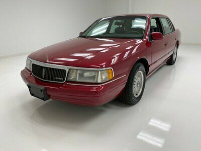 1994 Lincoln Continental  Meticulous Maint Records/Leather Interior/Rust Free Steel/Excellent Driver
