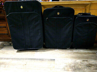 "American Tourister Luggage set 30"" 28"" 21'"