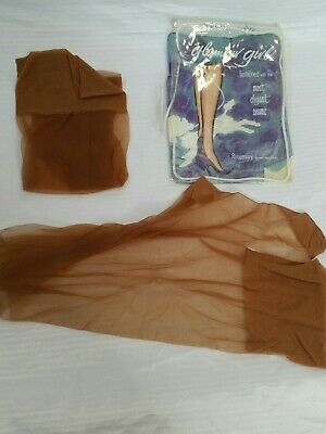 🌟VINTAGE NYLON FULLY FASHIONED STOCKINGS WITH POINT HEEL & TOE (Sheer)(R16)