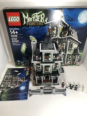 LEGO 10228 Monster Fighters Haunted House  Complete. Retired 2012