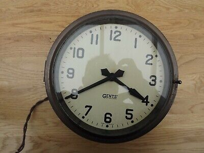 """Vintage Gents Of Leicester  9""""  Wall Clock Brass Bulkhead  240v (Not Working) G"""